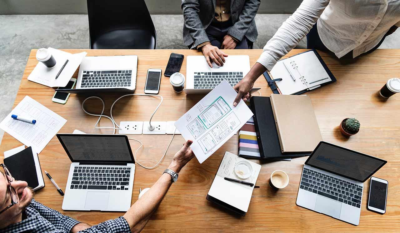Spletna strategija in digitalni nastop podjetja
